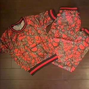 Two piece fashion lounging set (never worn)